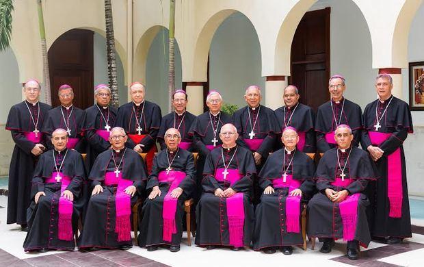 La cúpula católica da su apoyo a la JCE y pide a líderes madurez política.