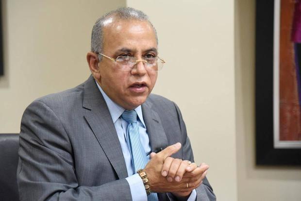 Ministro de Salud dice: población no ha entendido Covid -19 es una enfermedad muy contagiosa y de cuidado