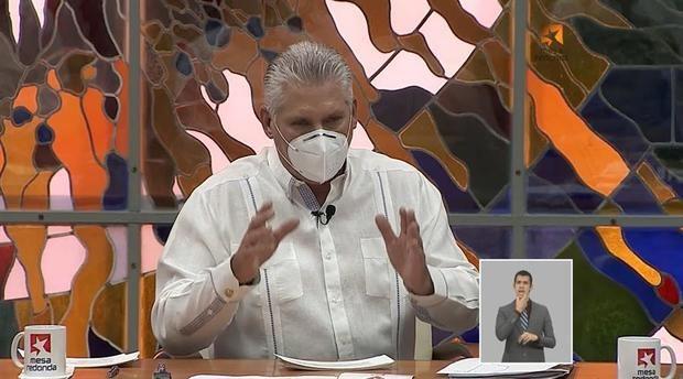 Captura tomada del programa de televisión Mesa Redonda durante una intervención del presidente cubano Miguel Diaz-Canel quien habló este jueves de temas de actualidad y las medidas contra la COVID-19, este jueves, en La Habana, Cuba.