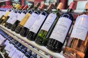 Los aranceles afectan a partes de avión manufacturadas en Alemania y Francia, así como algunos vinos no espumosos de esos dos países europeos, coñacs y ciertos tipos de brandy.