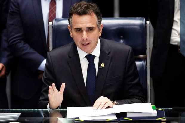 Un aliado de Bolsonaro gana la Presidencia de la Cámara y aleja el juicio poítico del mandatario