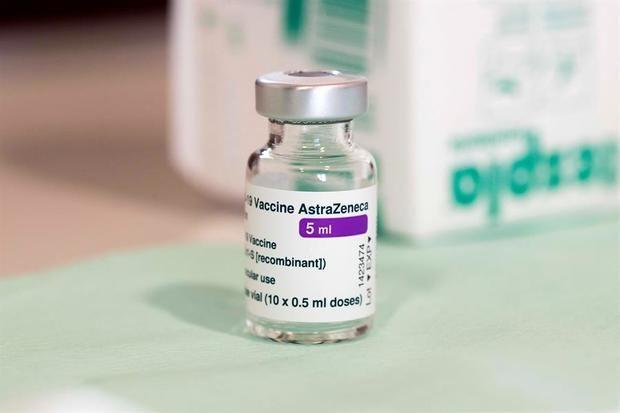 AstraZeneca rebaja al 76 % la efectividad de su vacuna en estudio en EE.UU.