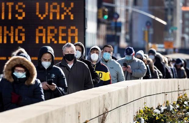 EE.UU. acumula 522.610 muertes y 28.886.283 contagios por coronavirus