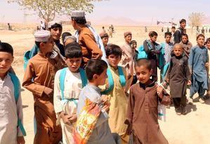 Un millón de niños en riesgo de grave desnutrición en Afganistán, dice Unicef.