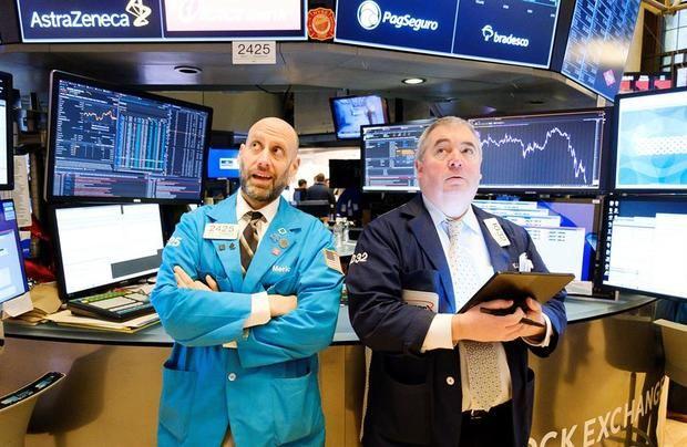 Wall Street se hunde y Dow cae más de 2,000 puntos tras el pánico por el petróleo y el coronavirus