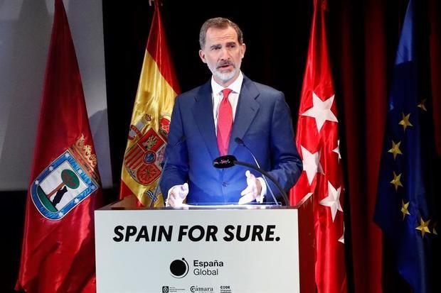 Felipe VI envía un mensaje al mundo de fe y confianza en España