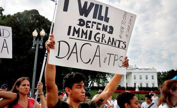 Trump está dispuesto a dar la ciudadanía a soñadores, asegura líder hispano