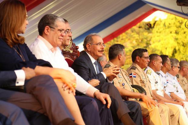 Danilo encabeza desfile en conmemoración de la Batalla 30 de Marzo