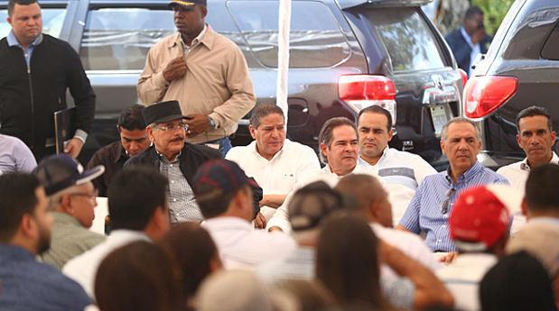 Danilo Medina celebra su cumpleaños brindando apoyo a pequeños ganaderos de Santiago Rodríguez y dispone crédito solidario y donaciones.
