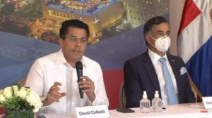David Collado junto a Carlos José Martí, durante la rueda de prensa en la que dieron los detalles sobre el nuevo concurso..