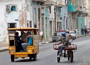 Desde hace varias semanas se han disparado los nuevos casos positivos en Cuba, que desde el lunes ha marcado cuatro registros por encima de 500, lo que ha provocado el retroceso de varias provincias en la desescalada y el reforzamiento de las medidas para contener el rebrote.