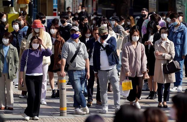 Tokio pone fin a la emergencia sanitaria aunque mantendrá ciertas restricciones