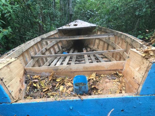 La Armada de República Dominicana y el Sistema Nacional de Emergencias 911 realizaron un operativo de rescate de 14 personas que se embarcaron en un viaje ilegal.
