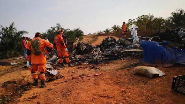 Un avión DC-3 se estrella en el centro de Colombia y mueren sus 14 ocupantes