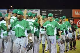 Estrellas se quedan solas en la cima del béisbol dominicano