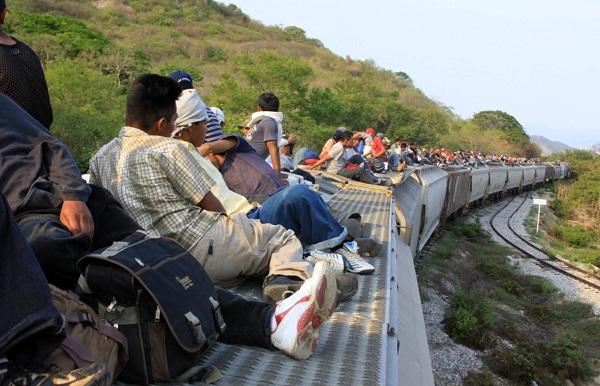 Recomendación del día: «migrante» engloba a «emigrantes» e «inmigrantes»