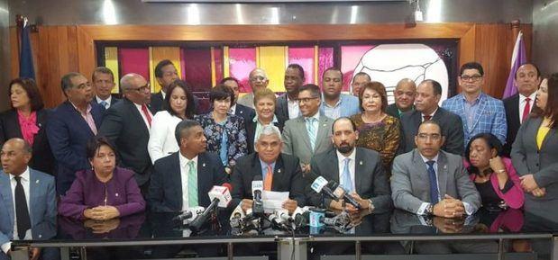 Diputados leonelistas se reúnen y se pronuncian contra la reelección