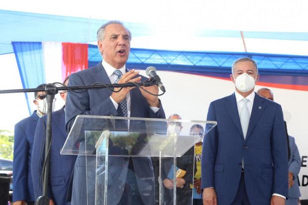 El discurso central del acto fue pronunciado por el ministro Administrativo de la Presidencia, José Ramón Peralta.