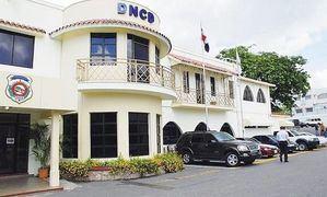 Fachada del edificio de la Dirección Nacional de Control de Drogas.