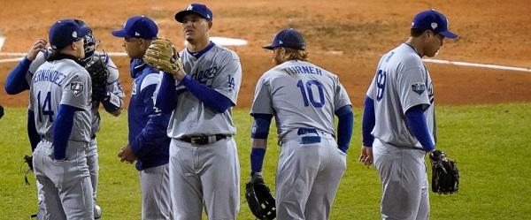 Los Dodgers caen 0-2 en la Serie Mundial