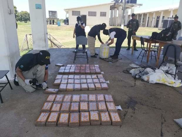 Honduras acusa de narcotráfico a cuatro colombianos y los envía a prisión