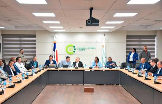 Quinta sesión del diálogo del Centro Económico y Social (CES) entre actores políticos y sociales.