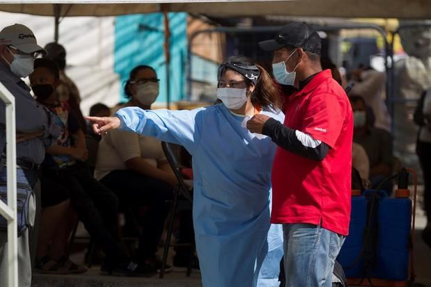 En un comunicado, el Sinager indicó que 'para diagnosticar los nuevos casos, el Laboratorio Nacional de Virología efectuó 2.279 pruebas, de las que 561 resultaron positivas', con las que se elevó a 181.357 el número de contagiados.