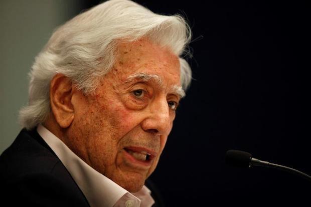 En la imagen, el Premio Nobel de Literatura, Mario Vargas Llosa.
