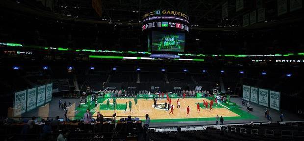 La NBA impone más restricciones para evitar la propagación de la covid-19.