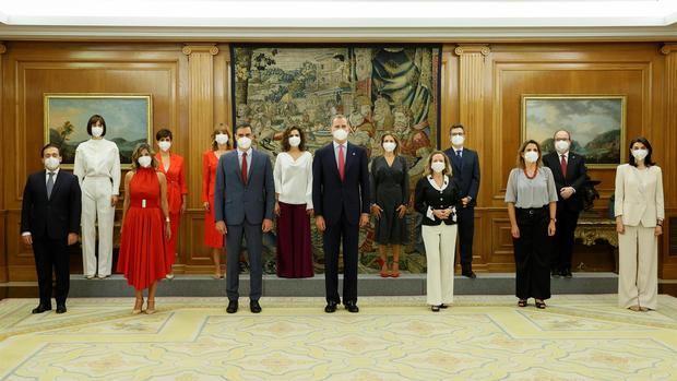 El nuevo Gobierno español se fija como reto la recuperación económica