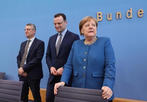 Merkel: hasta el 70 % de la población puede contagiarse del COVID-19.