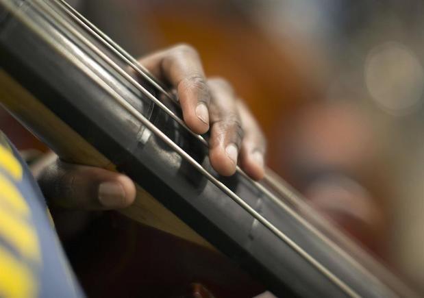 La Orquesta Filarmónica de Los Ángeles (LA Phil), una de las más importantes de Estados Unidos y dirigida por el venezolano Gustavo Dudamel, cancelará toda su programación en el Walt Disney Concert Hall hasta 2021 por la pandemia del coronavirus.