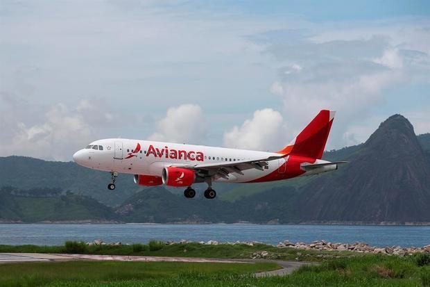La aerolínea de bandera colombiana, que desde el pasado 23 de marzo está con sus aviones en tierra por la prohibición de vuelos ordenada por el Gobierno.