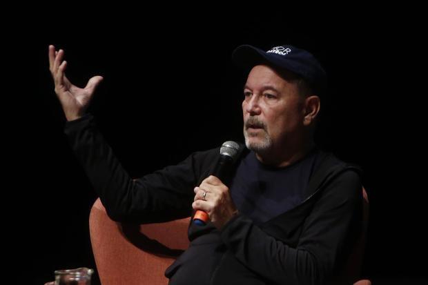 Costa Rica lanza junto al artista Rubén Blades campaña contra el plástico