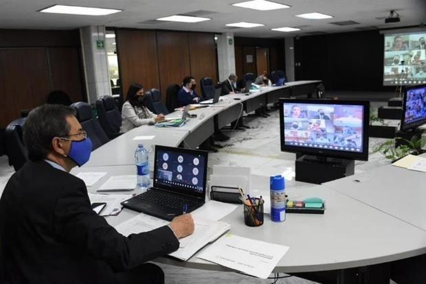 México anticipa un modelo híbrido en el regreso a clases tras la pandemia