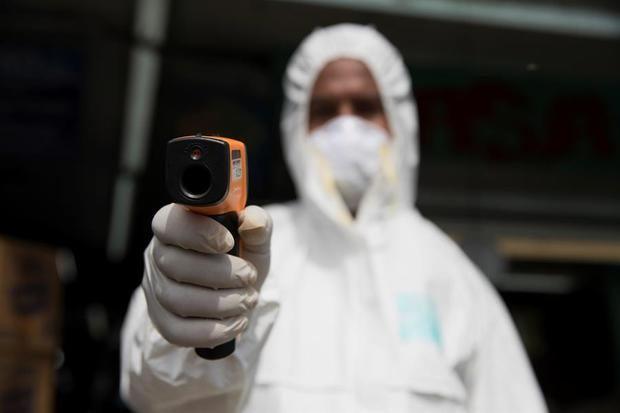 Unos 40 atletas dominicanos dan negativo al coronavirus tras ser repatriados