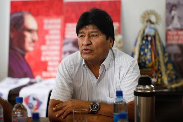 Evo Morales vuelve a México a casi 2 años de su asilo para seminario político