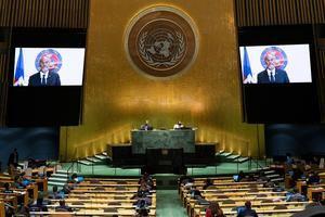 El primer ministro de Haití, Ariel Henry, es visto en un monitor durante su participación virtual ante la Asamblea General de la ONU, este 25 de septiembre de 2021, en Nueva York.