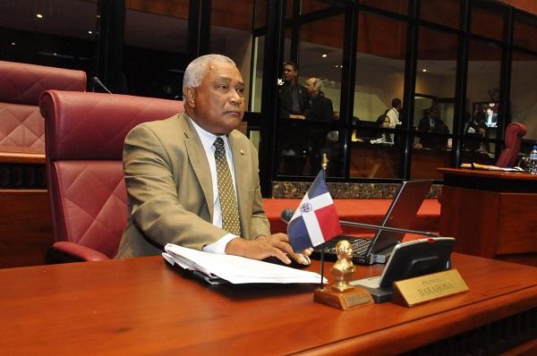 Senado aprueba resolución para la instalación del 9-1-1 en Barahona