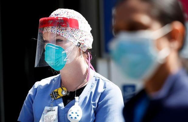 EE.UU. supera los 111.700 muertos y 1,97 millones de contagios por COVID-19