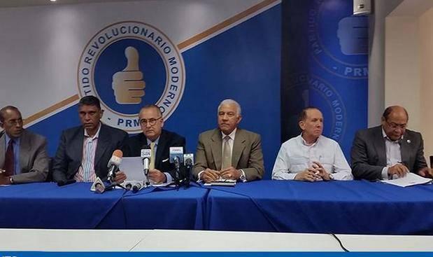 Miembros del PRM.