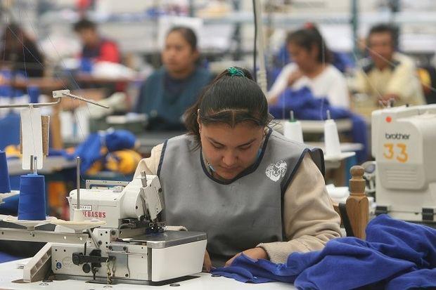 Índice Mensual de Actividad Manufacturera sigue incremento en junio 2020