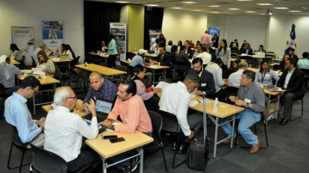CNZFE, Proindustria y Cei-RD realizan ronda de negocios con empresas