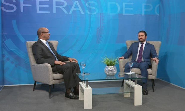 Guillermo Julián, presidente de la ANJE no favorece modificación de la Constitución