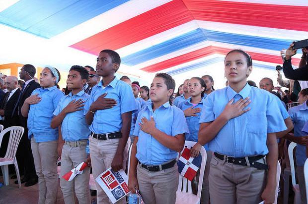 Estudiantes de La Vega cuentan con mejorías en las instalaciones educativas