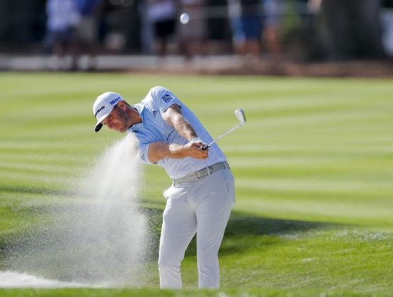 Dustin Johnson se proclamó este domingo campeón del torneo Travelers Championship del PGA Tour.