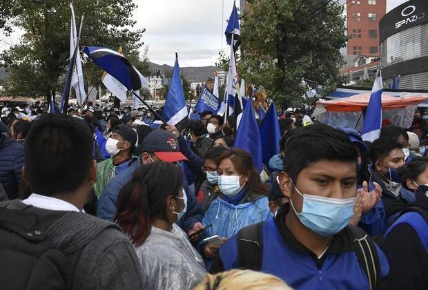 Momentos de tensión al cumplirse el plazo para los resultados de los comicios bolivianos