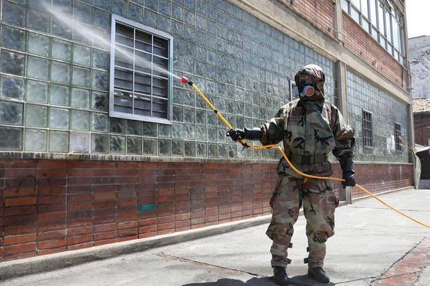 Colombia se acerca a 6,000 contagios de COVID-19 con récord diario de casos