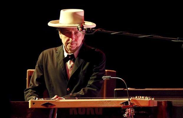 Bob Dylan habla de racismo y la pandemia en su primera entrevista en cuatro años