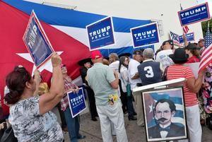 El exvicepresidente Biden aventaja a Trump por un promedio de 6,8 puntos en las encuestas de opinión nacional, según el portal especializado Real Clear Politics, pero en Florida esa distancia es sólo de 1,1 puntos a favor del exvicepresidente.